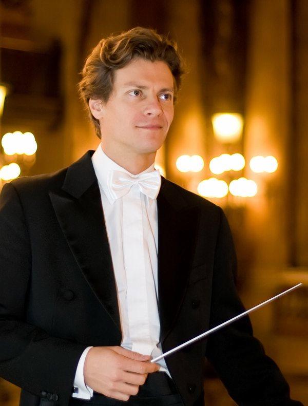 Nicolas Krauze, Chef d'orchestre